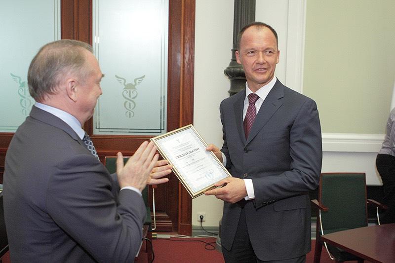 Управляющим партнером Адвокатского бюро г. Москвы «Халимон и Партнеры» подписана антикоррупционная Хартия Российского бизнеса
